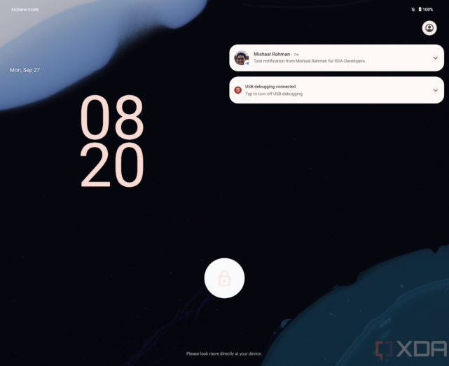 android 12.1 leaked build - lock screen