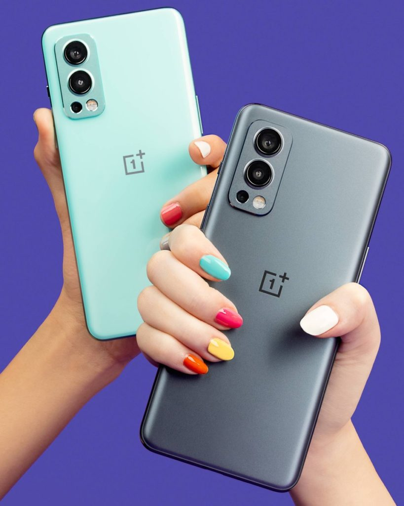 OnePlus Nord 2 5G in hands