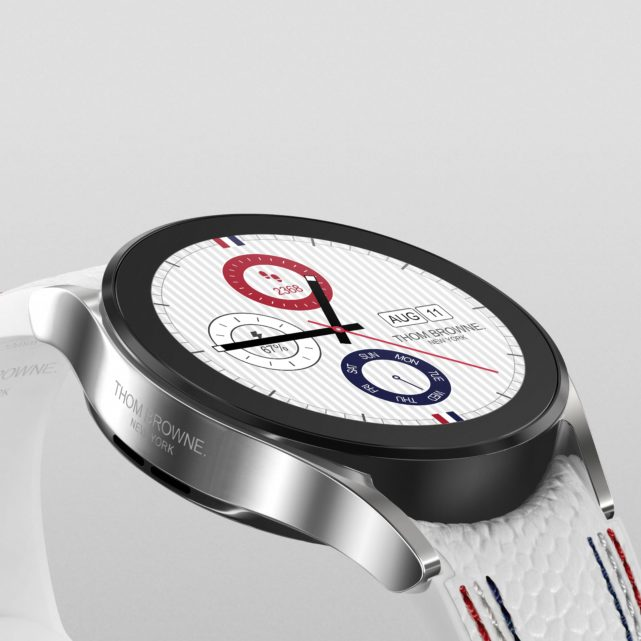01_004_Thom Browne 3rd Edition_Watch4_Product_Detail_1x1_JPG_210726_H