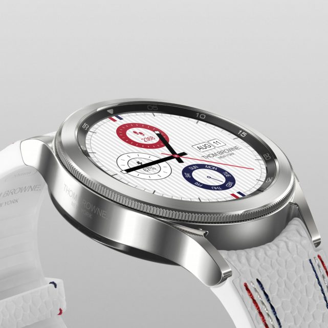 02_005_Thom Browne 3rd Edition_Watch4 Classic_Product_Detail_1x1_JPG_210726_H